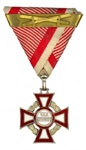 Military Merit Cross third Class with war decoration and swords and second award bar (Authorized March 14, 1918)