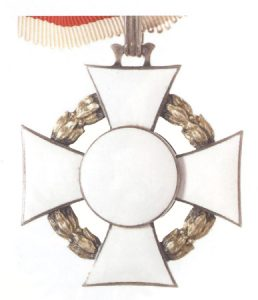 Figure 10: Reverse of the Military Merit Cross Second Class with war decoration. Image courtesy of Dorotheum.