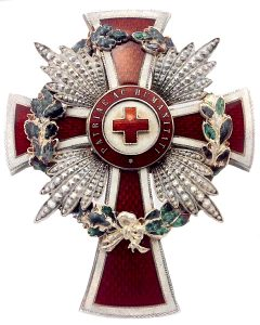 Figure 21: Red Cross Merit Star with war decoration. Image from the author's archive.