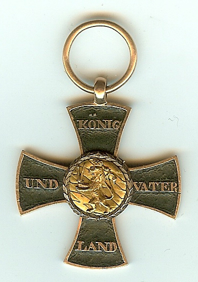 Figure 3: Reverse of the custom-made cross. Image from author's archive.