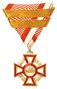 Figure 16: Military Merit Cross third class with war decoration with third award bar. Image courtesy of Dorotheum.