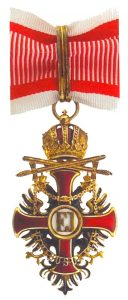 Figure 10: The Order of Franz Joseph, Commander badge with war decoration and swords. Image courtesy of Dorotheum .