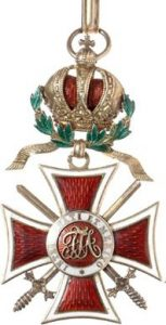 Figure 3: The Order of Leopold, Grand Cross with war decoration and swords. Image from the author's archive.