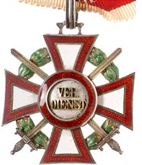 Figure 2: Military Merit Cross Second Class with war decoration and swords second class. Image from the author's archive.
