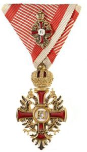 Figure 8: Order of Franz Joseph, officer with war decoration kleine. Image from the author's archive.