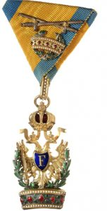 Figure 7: Order of the Iron Crown, knight second class with war decoration and swords kleine.