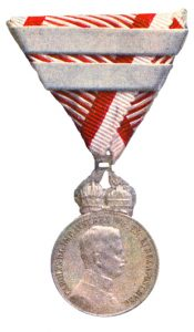Figure 9: Karl Silver Military Merit Medal, with third award bar. Image from the author's archive.