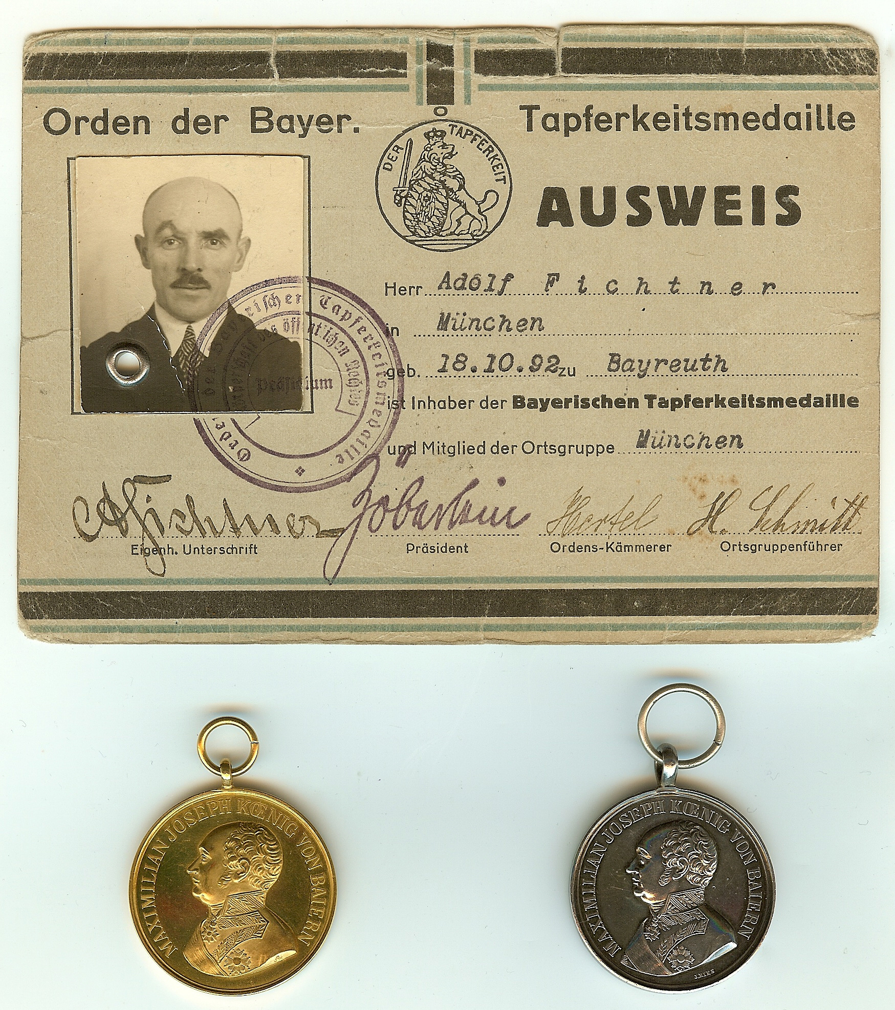 Figure 1-Orden der Bayerischen Tapferkeitsmedaille Ausweis (indentification) and Bavarian Bravery Medals of Adolf Fichtner. Image from author's archive.