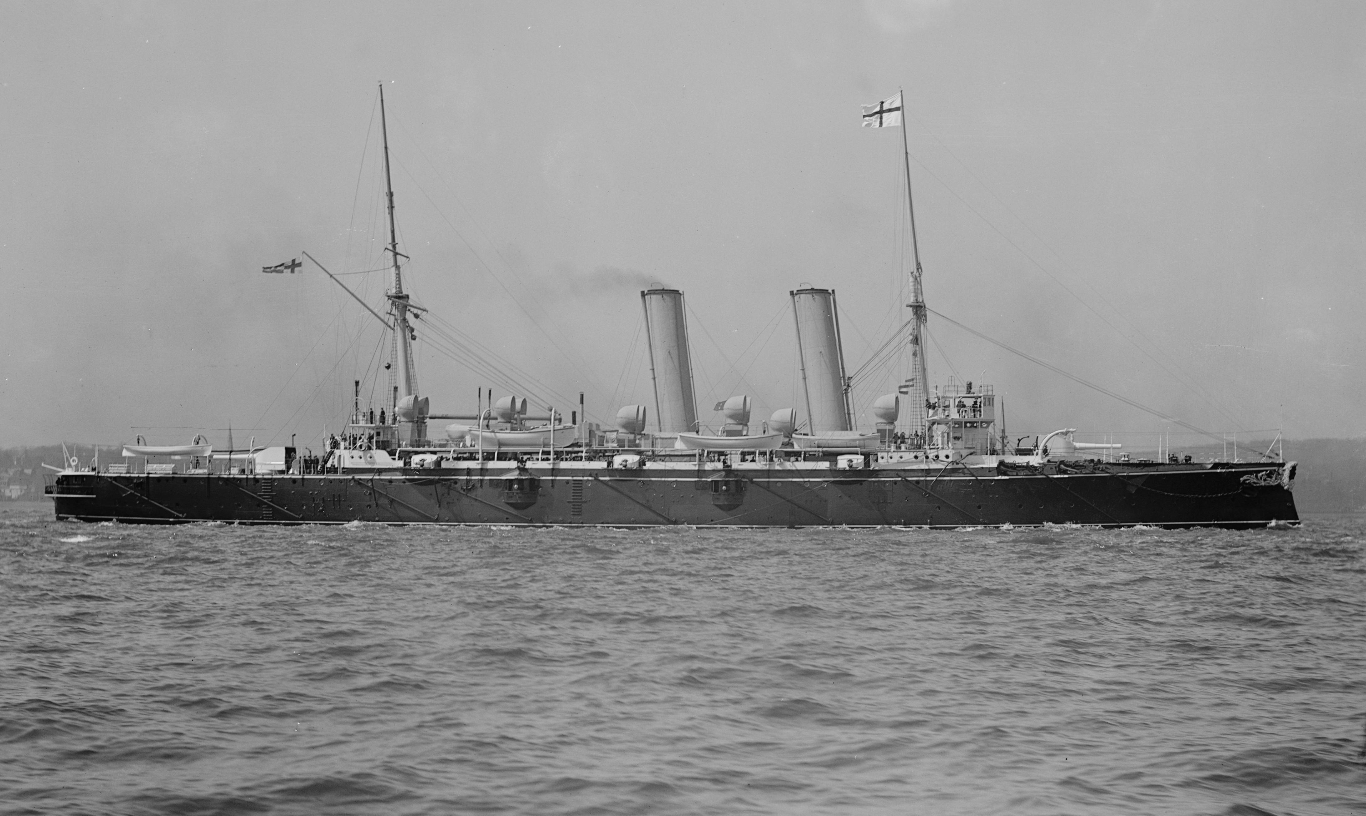 HMS_Blake_(2)_in_the_1890s