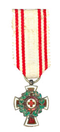 Figure 14: Red Cross Decoration with war decoration,second class, miniature. Image form the author's archive.