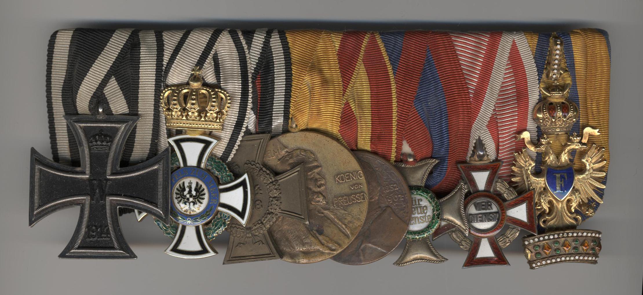 Img 1: The medal bar of Prince Schoenburg-Waldenburg