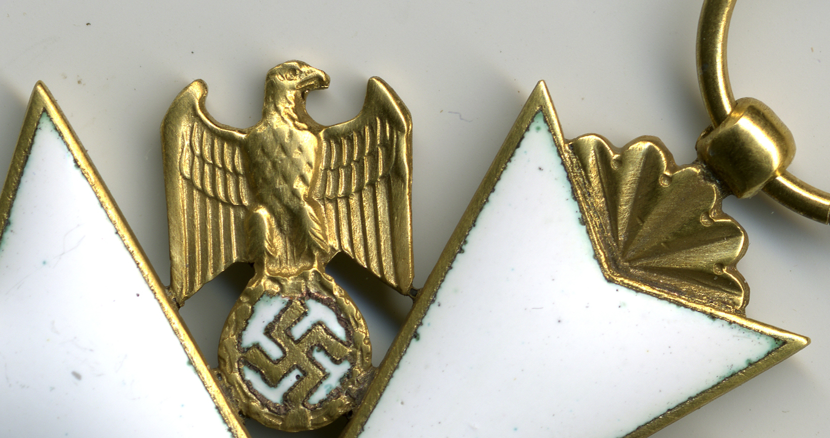 Fig 2: Detail of a refurbished German Eagle Order 3rd Grade with swords by C.F. Zimmermann